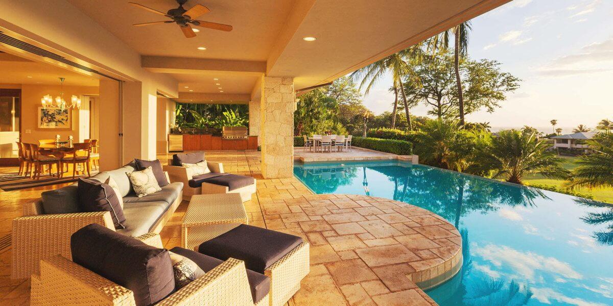 Top 10 Luxurious Pools
